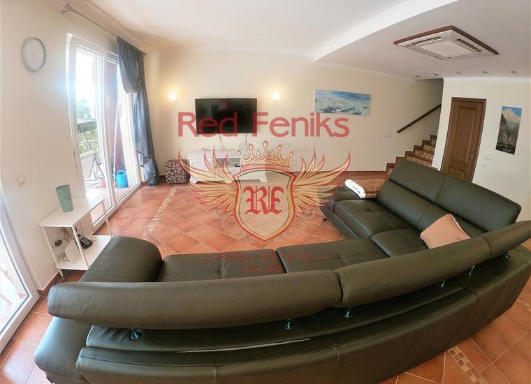 Таунхаус с 4 спальнями и бассейном в Ораховце, Дом в Которский залив Черногория