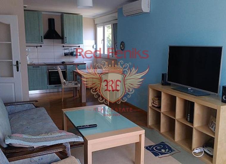 Великолепная квартира с панорамным видом в городе Херцег-Нови, Квартира в Херцег Нови Черногория