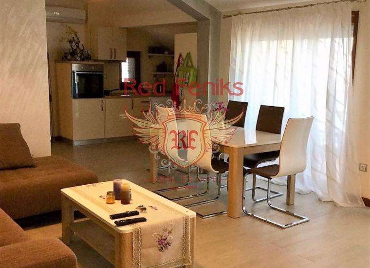 Апартаменты класса люкс в клубном доме, Квартира в Херцег Нови Черногория