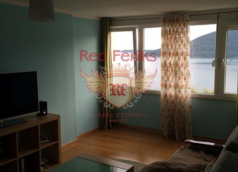 Великолепная квартира с панорамным видом в городе Херцег-Нови, купить квартиру в Херцег Нови