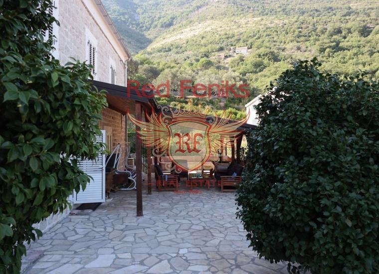 Каменный дом в Боко Которском заливе, Вилла в Каменари Черногория