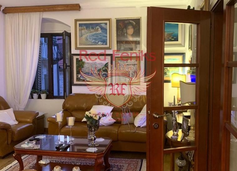 Дуплекс с тремя спальнями в Старом городе Котор, Квартира в Которский залив Черногория