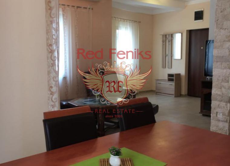 Двухуровневая квартира в городе Рисан. Черногория, Квартира в Рисан Черногория