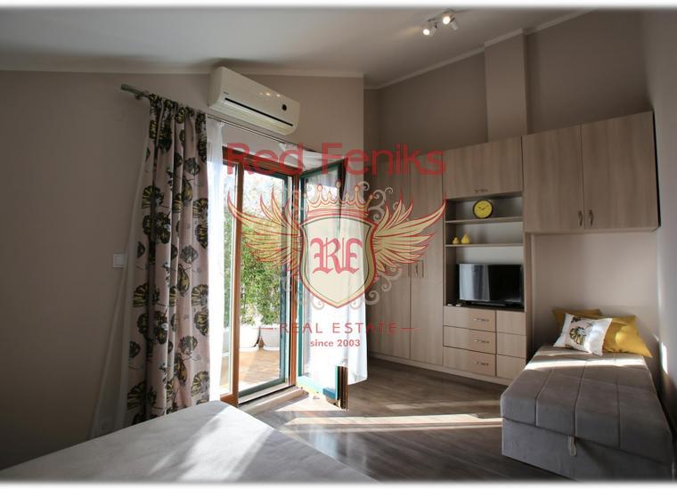 Двухуровневая квартира в Черногории. Г. Рисан, купить квартиру в Которский залив