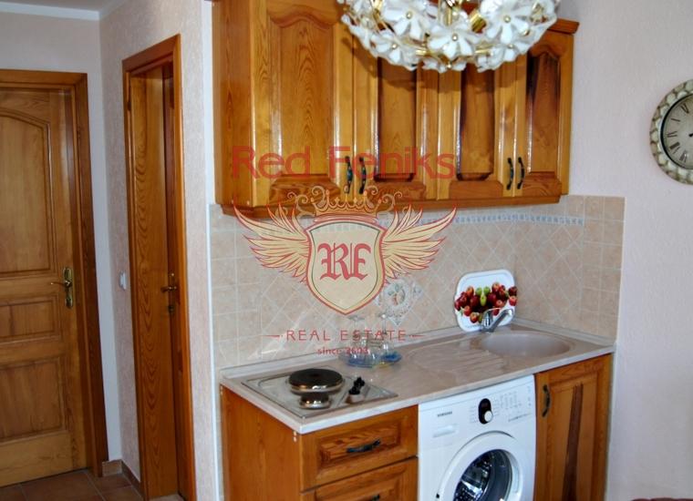 Великолепный дом в Доброй Воде, купить дом в Регион Бар и Ульцинь