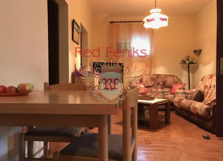 Уютный дом в Зеленике, купить дом в Херцег Нови