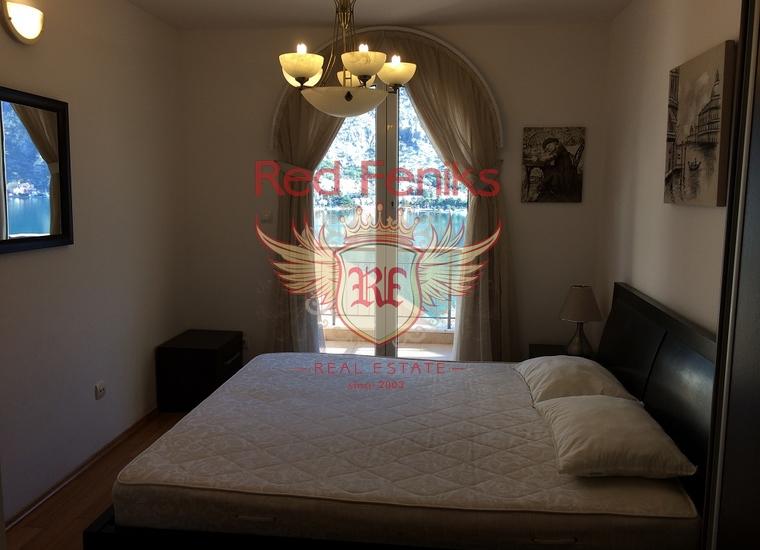 Великолепная квартира с видом на залив и старый город Котор, Квартира в Которский залив Черногория