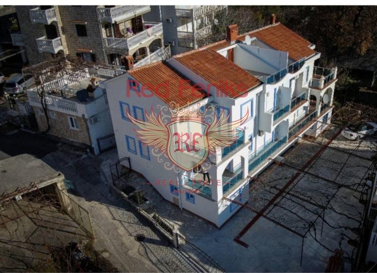 Великолепный трехэтажный дом в Будве, купить дом в Регион Будва