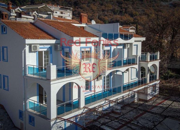 Великолепный трехэтажный дом в Будве, Дом в Регион Будва Черногория