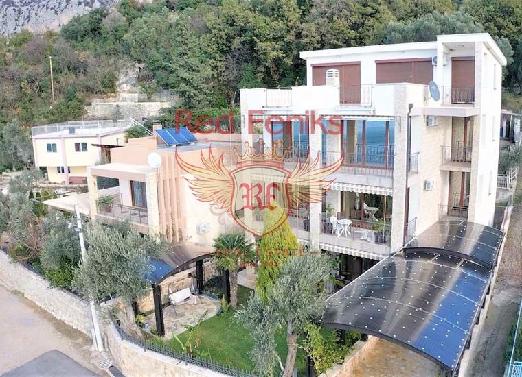 Продается четырехэтажная вилла площадью 450 м2.