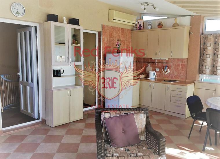 Прекрасный дом с видом на море в Баре, купить виллу в Кунье