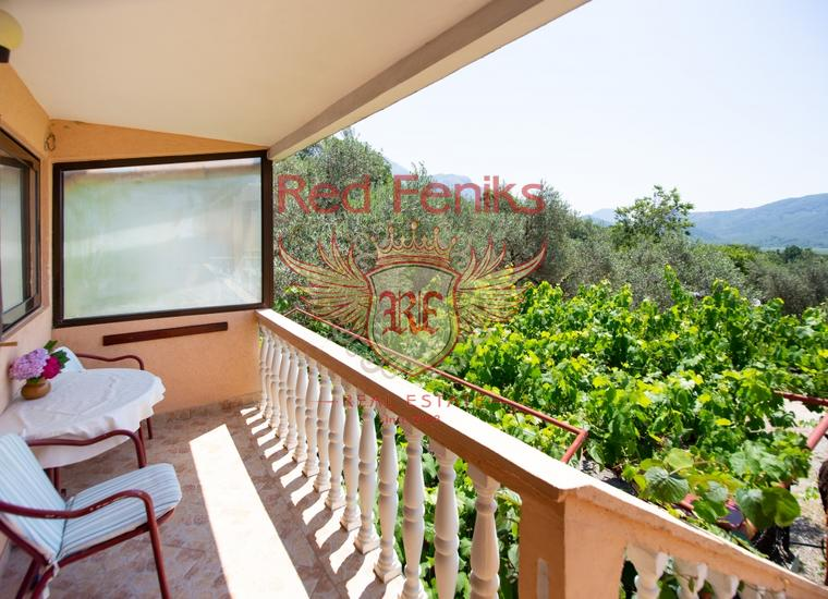 Вилла с апартаментами в Булярице в пешей доступности от моря, Коммерческая недвижимость в Булярица Черногория