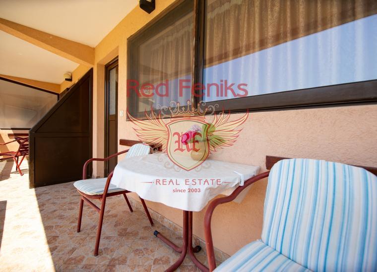Вилла с апартаментами в Булярице в пешей доступности от моря, купить коммерческую недвижимость в Регион Будва