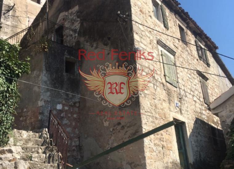 Каменный дом в Старом городе Котор, купить виллу в Котор