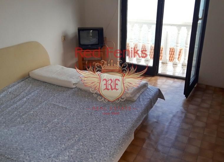 Дом в Крашичах, Дом в п-ов Луштица Черногория