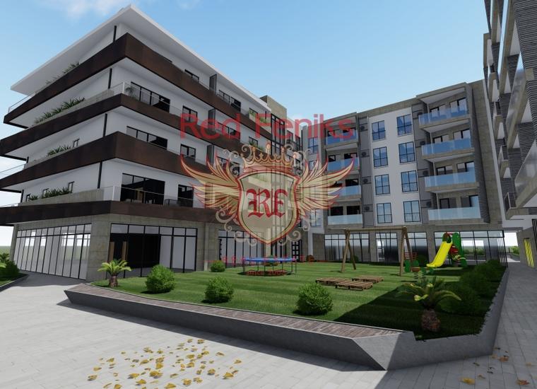 Продается новый жилой/коммрческий комплекс в Тивате Здание состоит из трех частей - жилой части, коммерческих помещений и помещений, предназначенных для торговли или рынка.