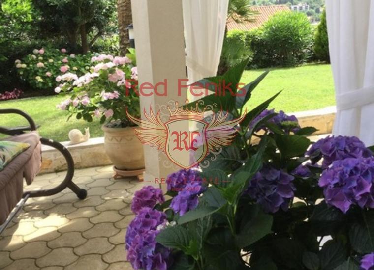 Великолепная вилла в Прчани!, купить дом в Которский залив