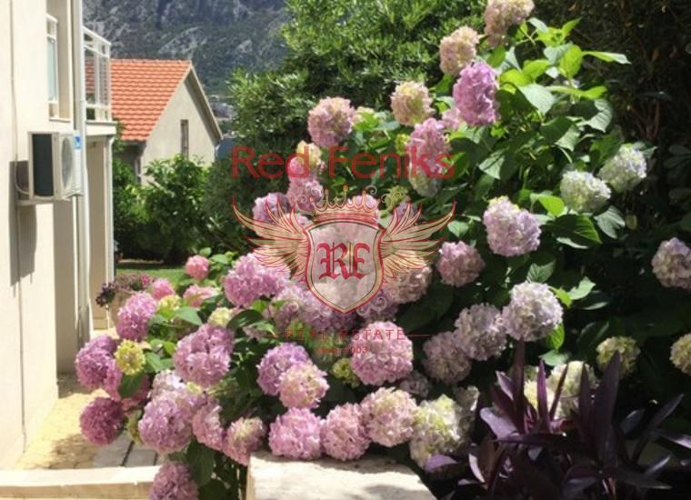 Великолепная вилла в Прчани!, Вилла в Прчань Черногория