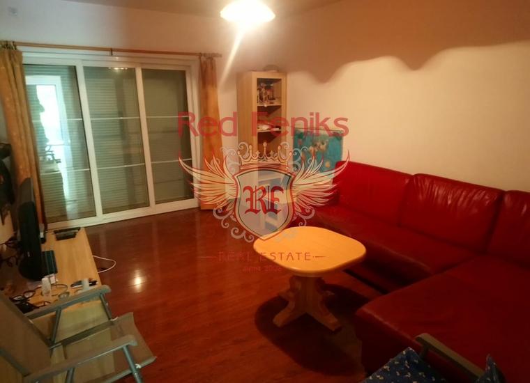 Двухуровневая квартира с 2 спальнями на берегу Бока-Которского залива, Квартира в Каменари Черногория