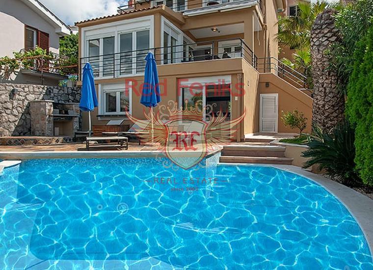 Современная вилла с бассейном и видом на море в Крашичах, Дом в п-ов Луштица Черногория