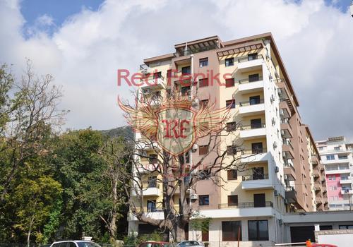 Продается квартира по сниженной цене в Будве, Черногория.