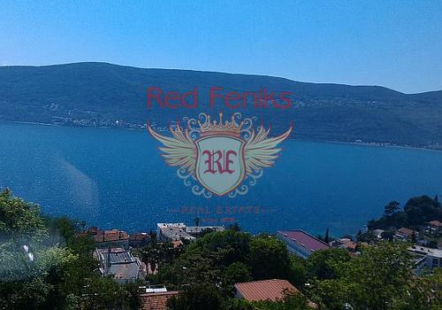 А2-453 Великолепная квартира с панорамным видом в городе Херцег-Нови  Продается квартира с видом на вход в Боко-Которский залив и открытую Адриатику.